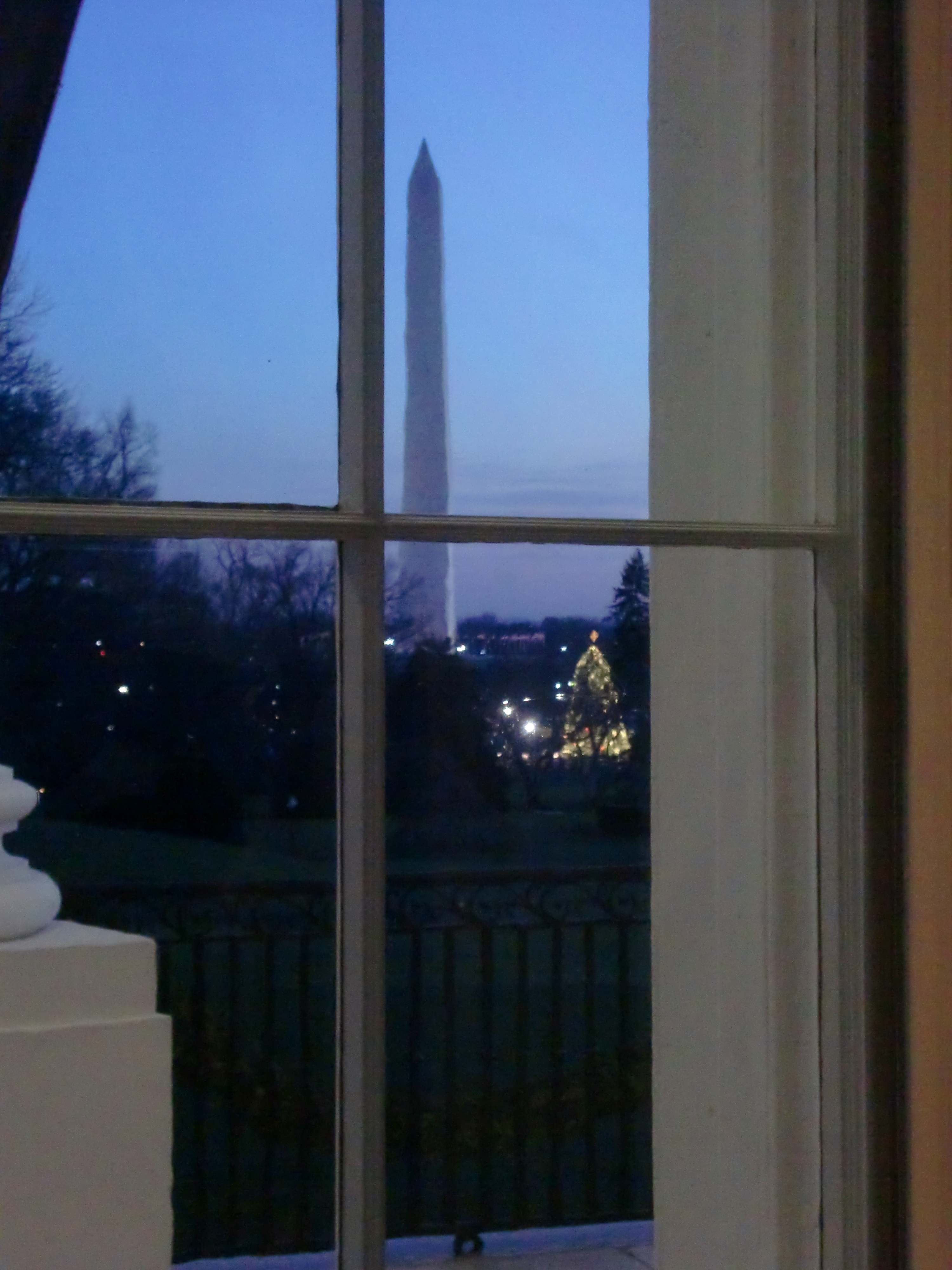 White House Extra Holiday Tour 020.jpg